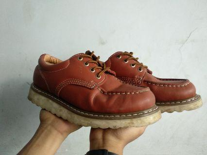 Boots domba low size 41