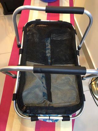 Foldable pet carrier bag