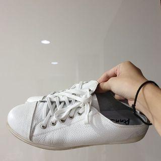 小白鞋 24.5