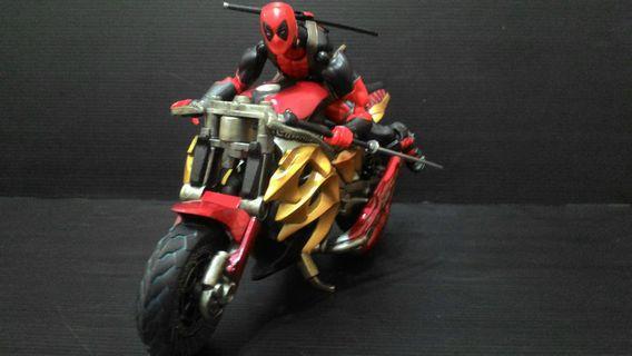 死侍 加合金摩托車