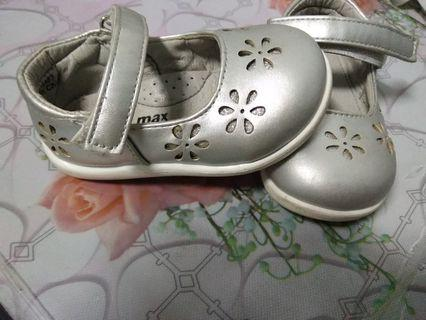 max fashion shoes