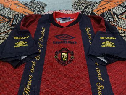 Vintage 90s jersey training Manchester United