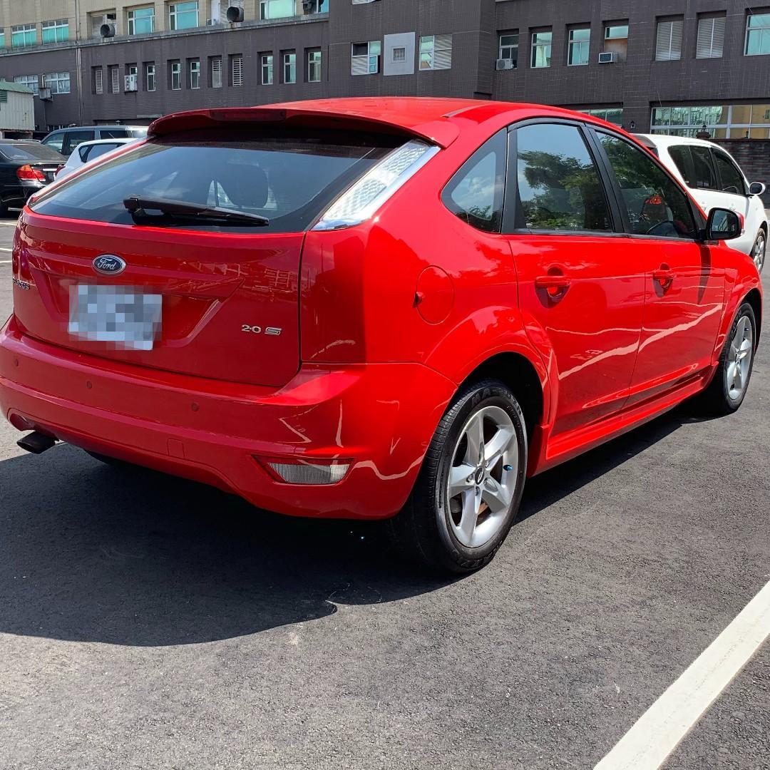 2009    Focus   2.0    紅