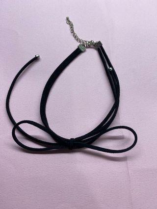 蝴蝶結造型頸鏈