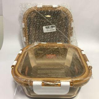 全新* 【美國康寧 Pyrex】正方型780ml 透明琥珀玻璃保鮮盒/耐熱玻璃 1個250元