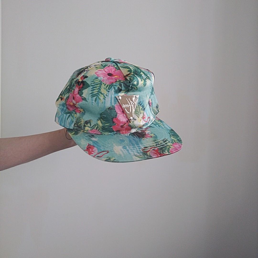 鐵牌綠色花紋潮帽 #五折清衣櫃