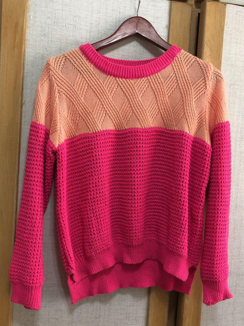 粉紅雙色毛衣