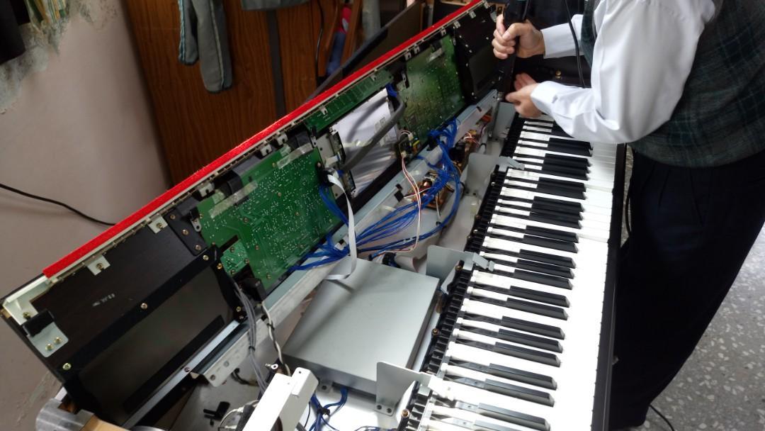 鋼琴調音 鋼琴清潔保養  鋼琴搬運  鋼琴烤漆