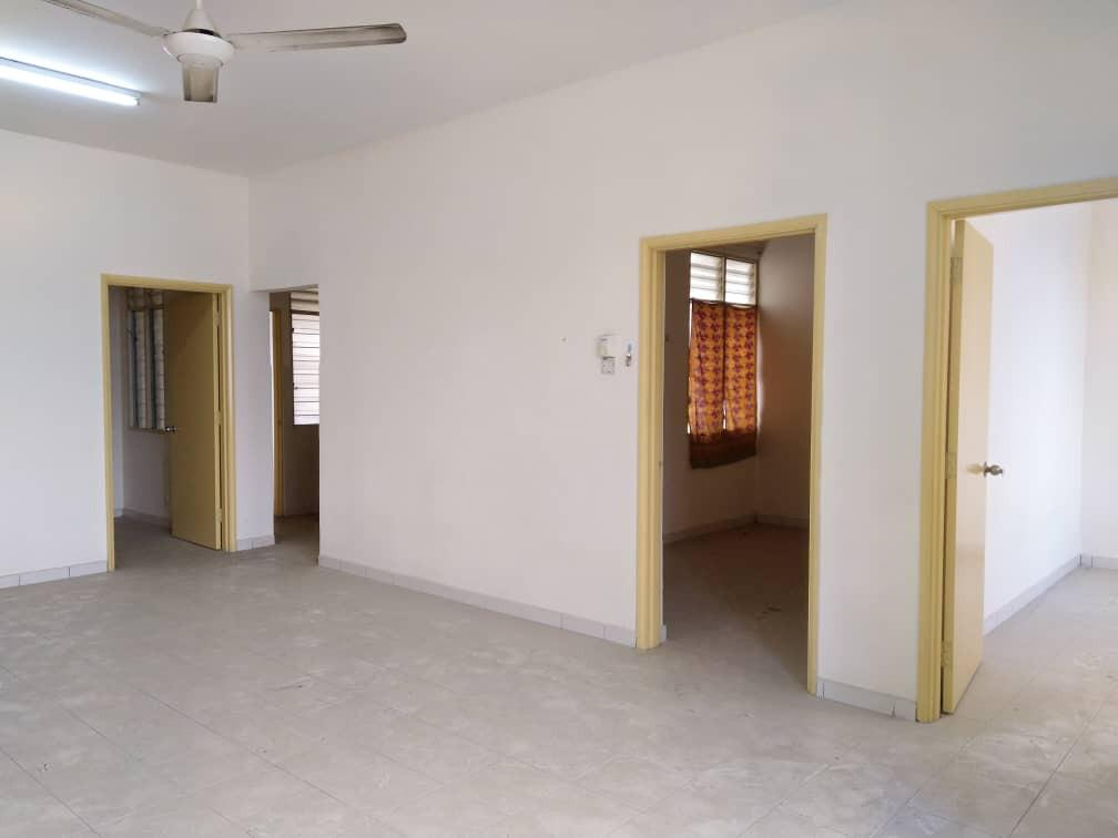 APARTMENT LAGOON PERDANA, BANDAR SUNWAY PJ FOR SALE