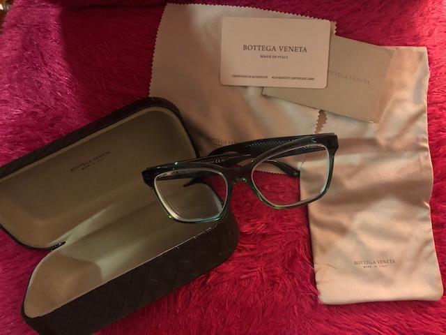 Authentic Brand new Bottega Veneta BV 267 4CR Eyeglasses Color: Transparent Green