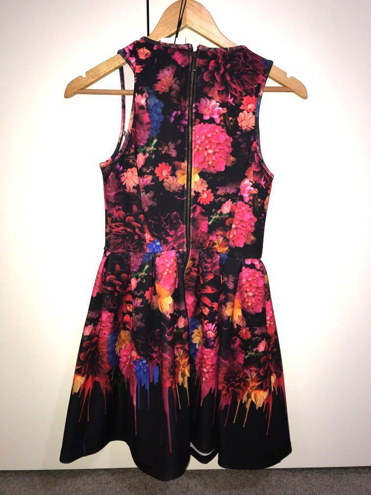 BNWT Milk and honey floral sleeveless sundress size 6 RRP$89.95