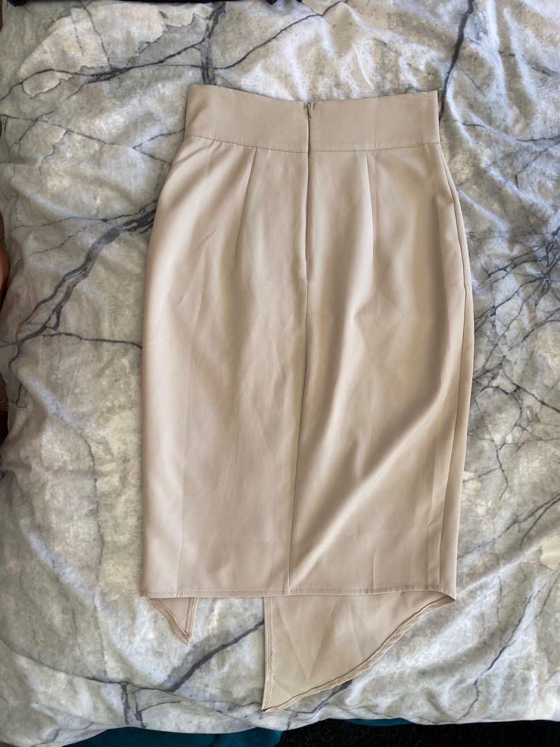 FREE POSTAGE - Beige midi split skirt - size 8 fits 6-8 - worn once
