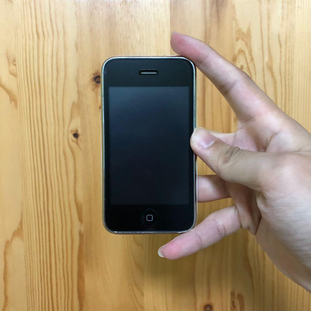 iPhone 3GS - 32GB - White - Superior Classic Collectible