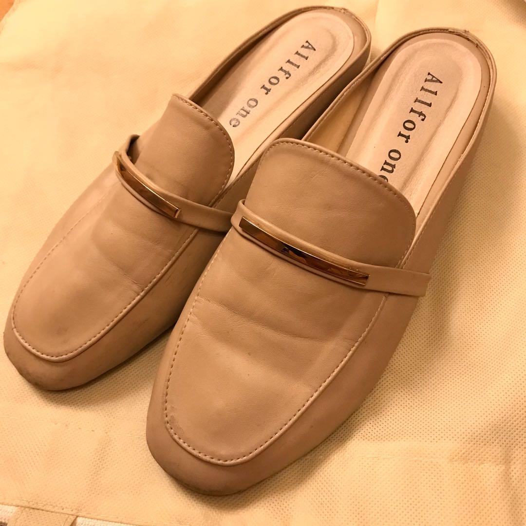 Loafer 鞋