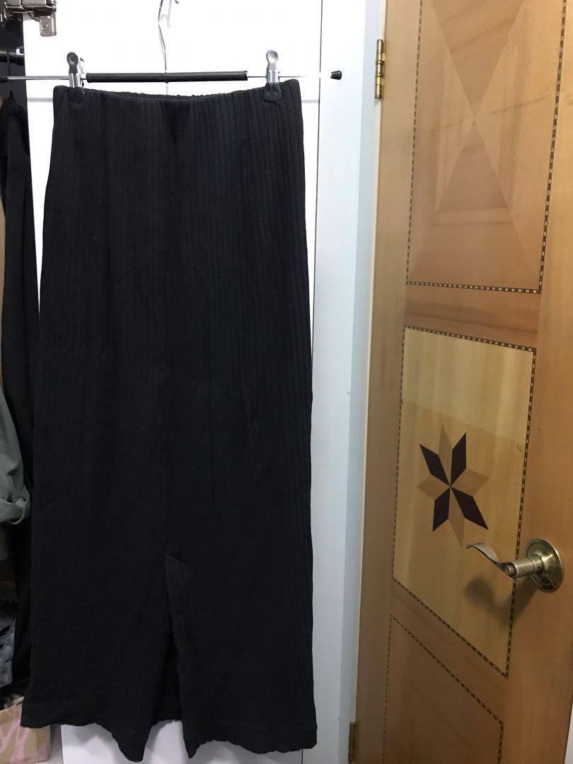 niko and skirt 黑色裙
