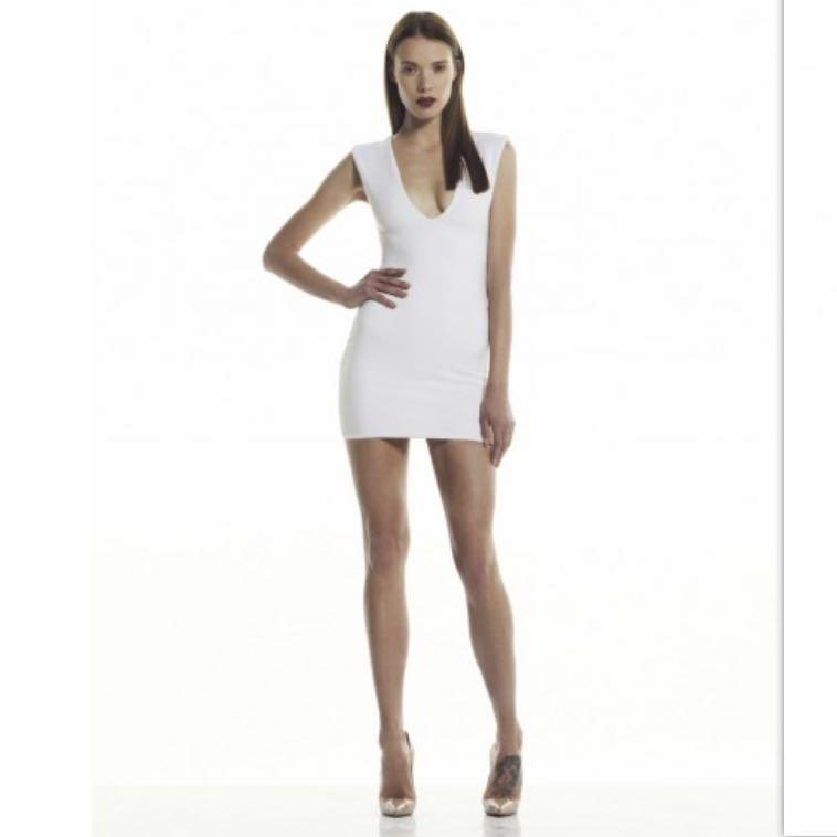 RRP $160 Bec & Bridge Reversible Rib V Mini Dress White Size 6
