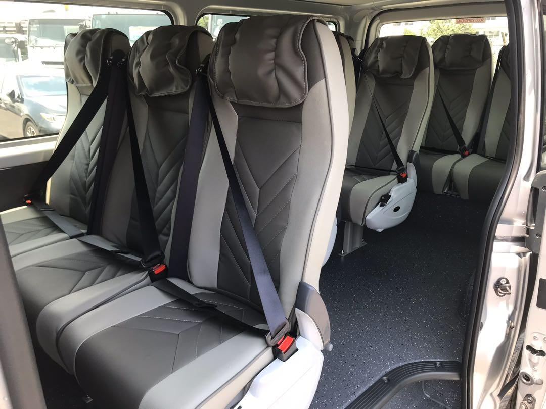 Unregistered Brand New Toyota Hiace 2.8A DX Sensing Standard Roof Commuter Bus