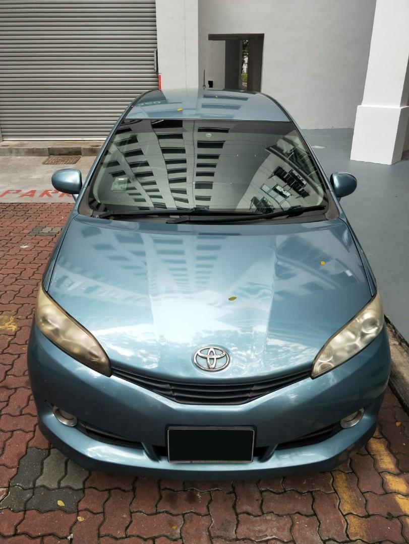 Toyota Wish 1.8 or 2.0 Auto