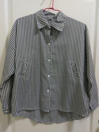 全新灰色寬鬆直條紋襯衫