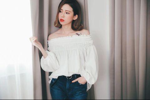 正韓🇰🇷二手·白緞面一字領衫