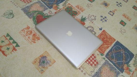 MacBook Pro i5 SSD Very Nice Screen Aluminium Body 15 Inch Business Laptop