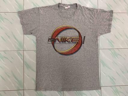 T-shirt Nike White Tag