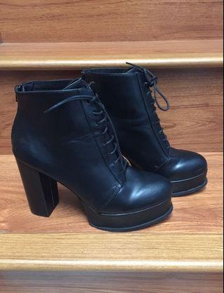 Black Boots Divided H&M size 40-41
