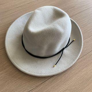 Global Work 灰白色 麂皮裝飾 毛呢紳士帽 #五折清衣櫃