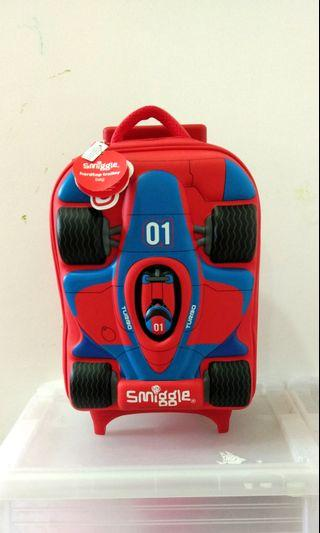🆕💯 Smiggle Hardtop Trolley Bag