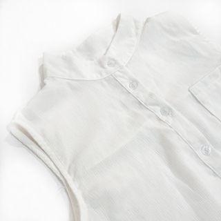 二手 無袖 白色 上衣 雪紡 網美 穿搭 上班 輕薄 排扣 女生 秋冬