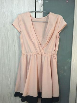 粉色洋裝小禮服👗約會喜宴謝師宴場合都適合