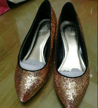 Glitter Gold Vincci Shoes
