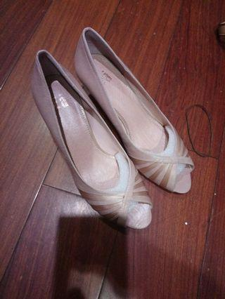 ()Ea女鞋