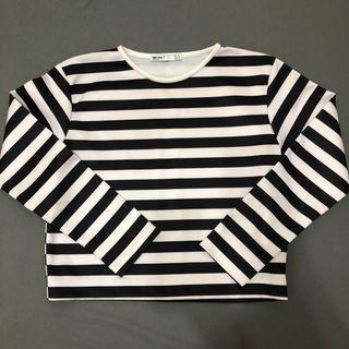 Zara挺版潛水布材質黑白條紋微短版長袖上衣