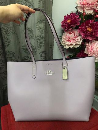 [Authentic] Coach Town Tote F72673