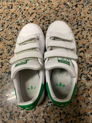 Adidas愛迪達魔鬼氈 24可穿