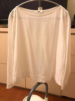 Uniqlo S號白色上衣