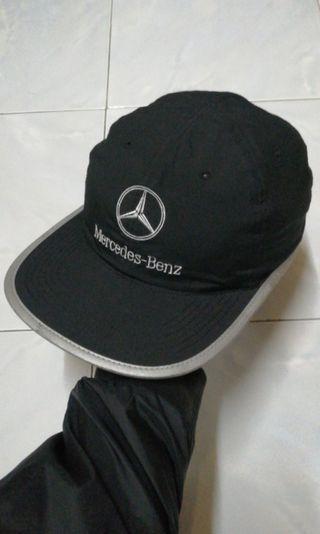 Mercedes Benz topiCap