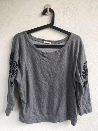 style grey top l uniqlo h&m zara