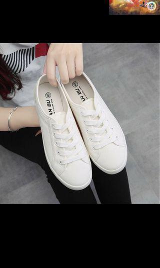 經典小白鞋