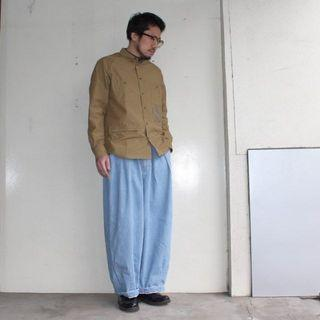日本  潮  牛仔大寬褲 (只有一件)
