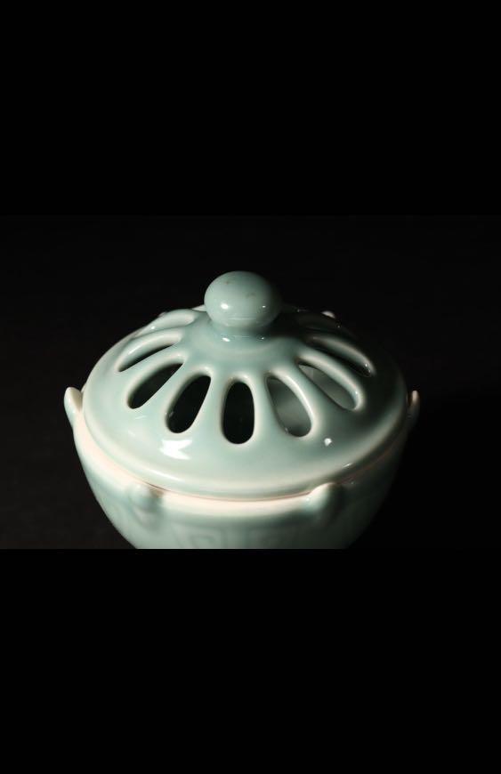 青瓷香薰小爐