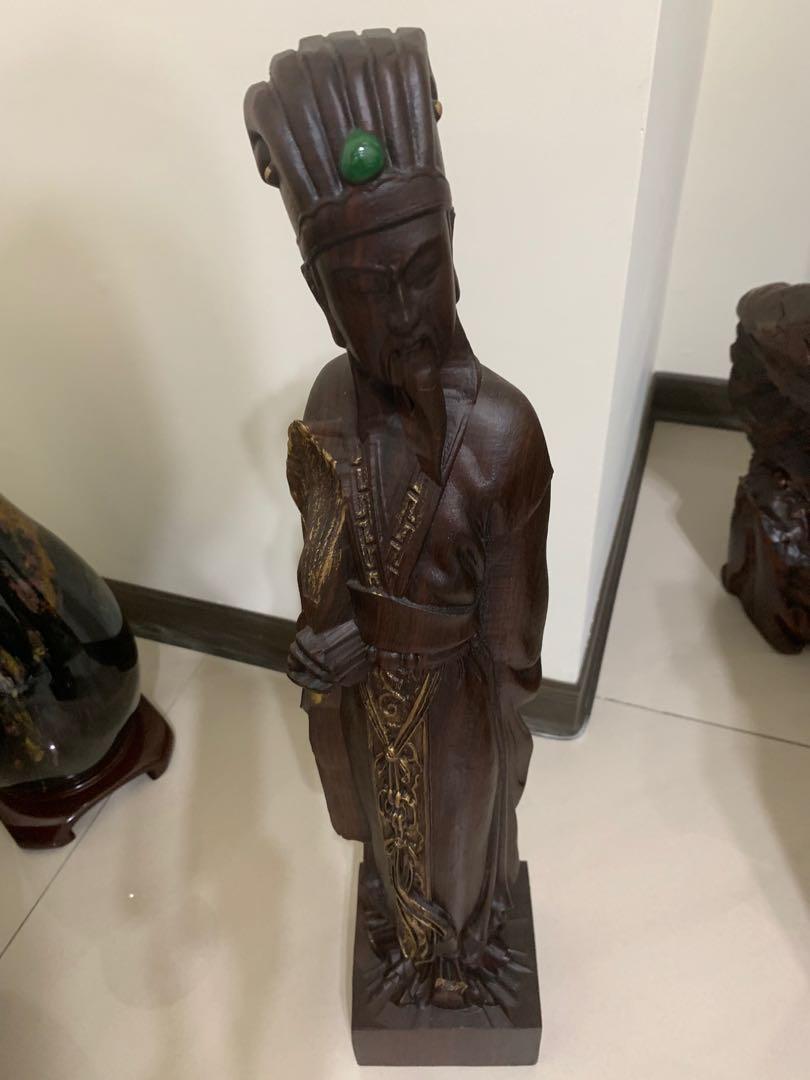 諸葛亮孔明木雕像