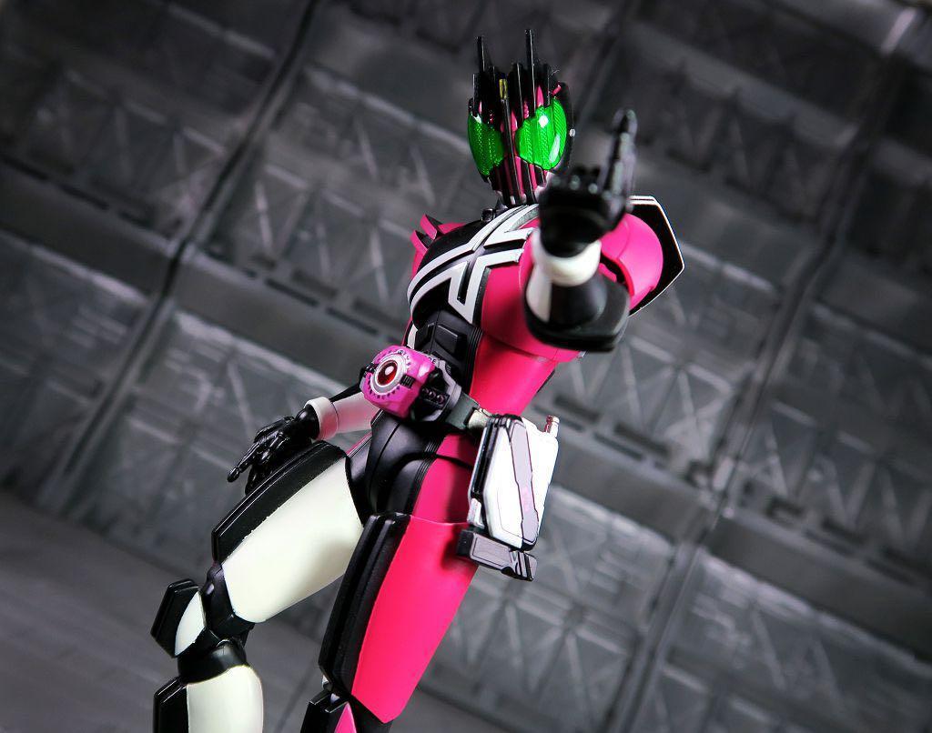 全新日版-日魂限定)  Bandai  SHF 真骨彫製法  Kamen Rider Neo Decade  (Neo Decadriver ver.) 幪面超人 帝騎