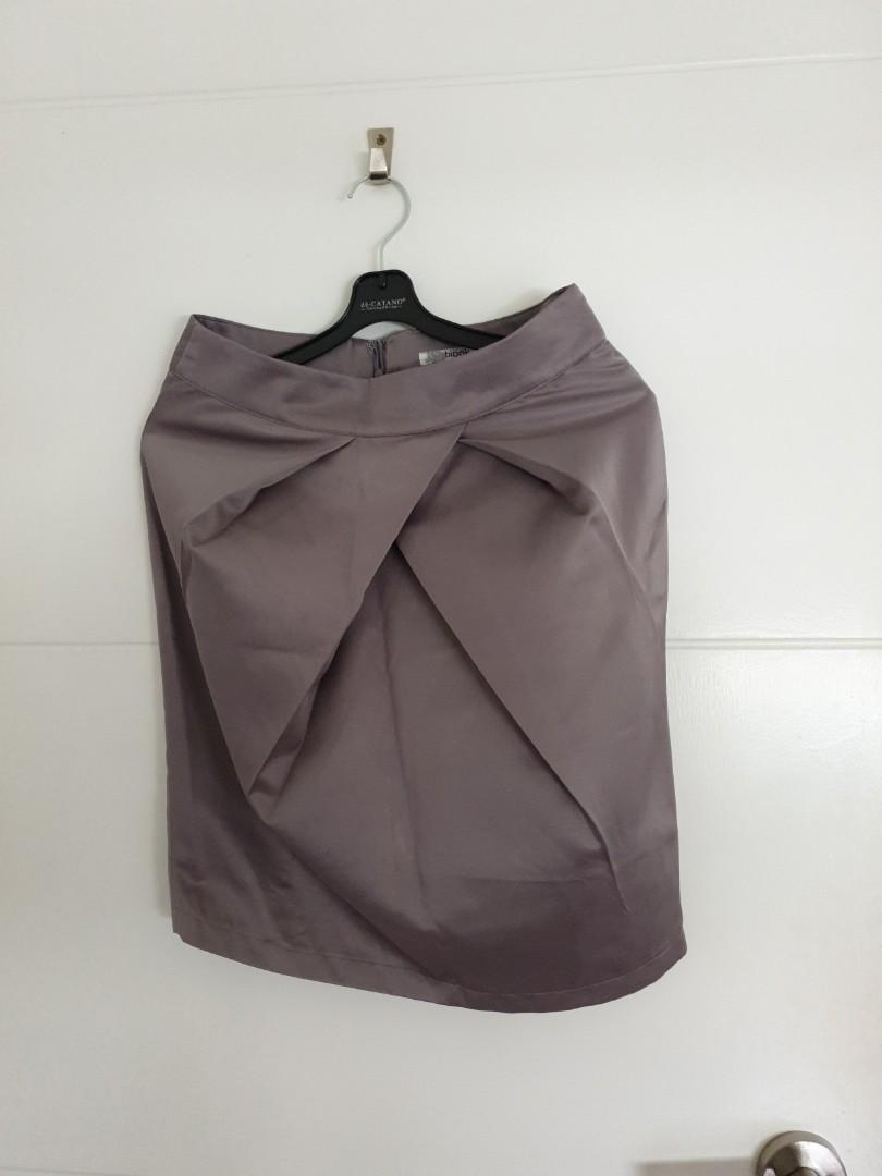 Blook OL skirt with front pleats