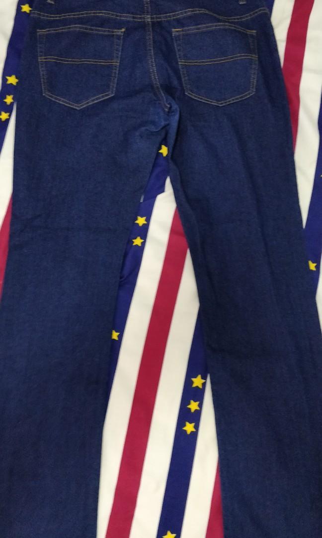 bossini 32吋腰彈性直腳修身藍色牛仔褲