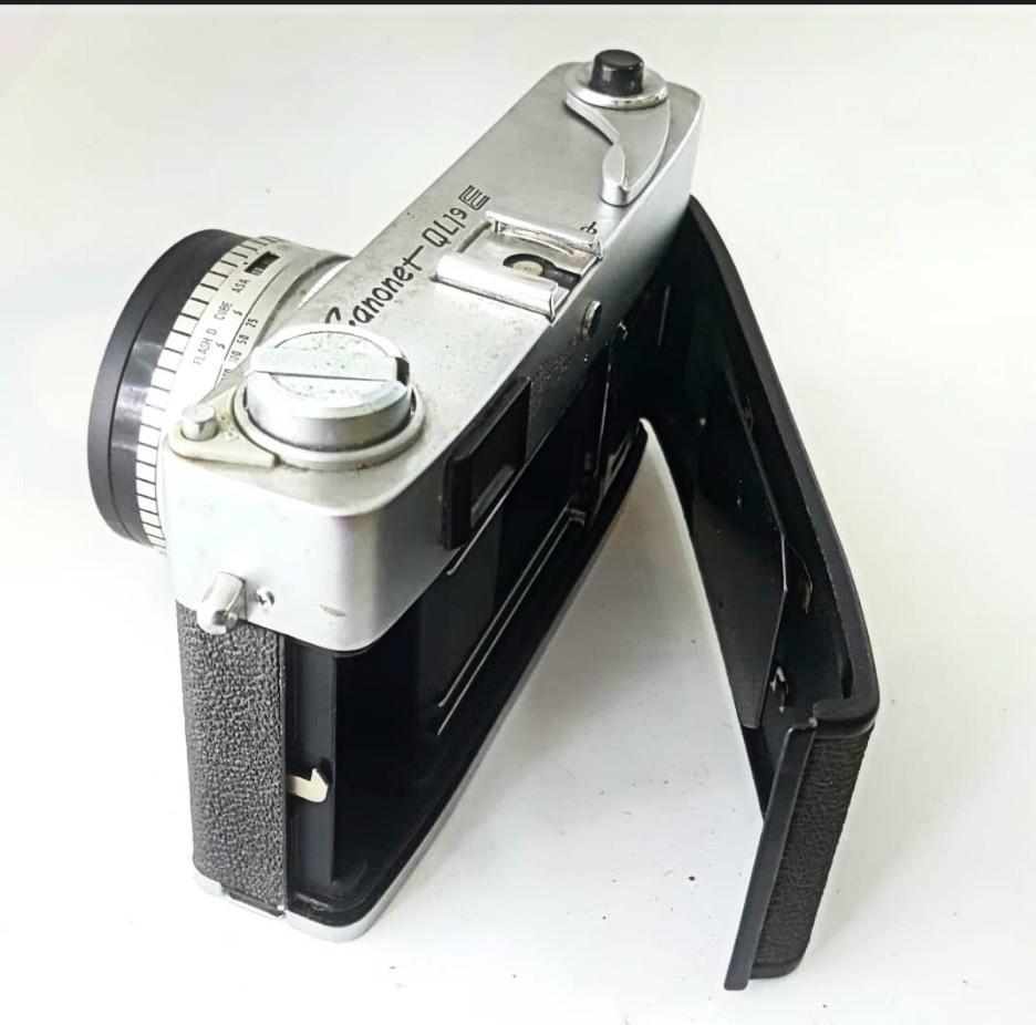 Canon Canonet QL19 Camera