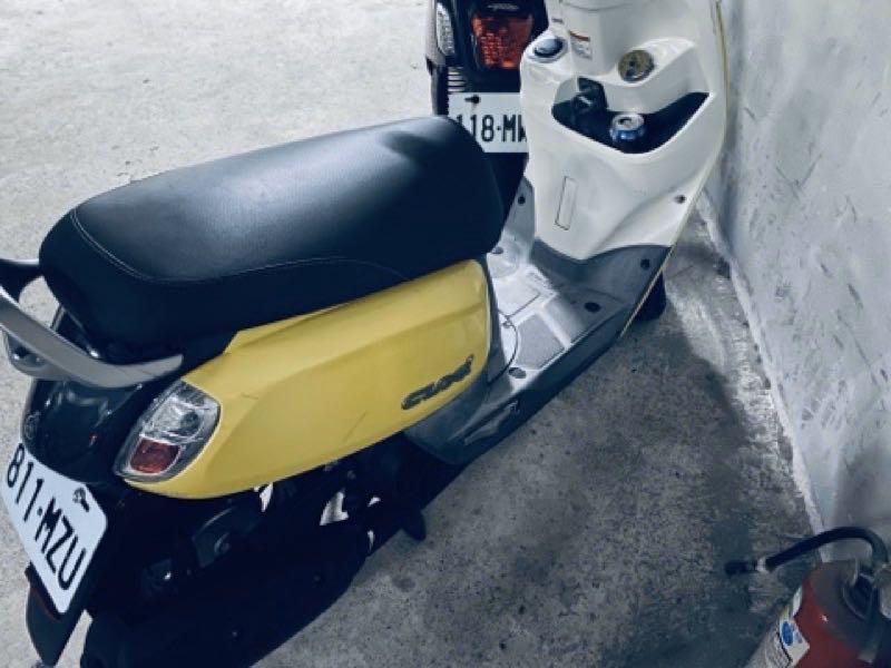 (降價)Cuxi 115 可愛黃色 台北 板橋可看車。平時機油 黑油都有固定在換,有微微刮痕,所以便宜賣!