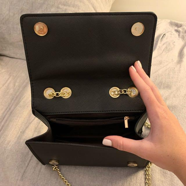 Gold chain luxury bag