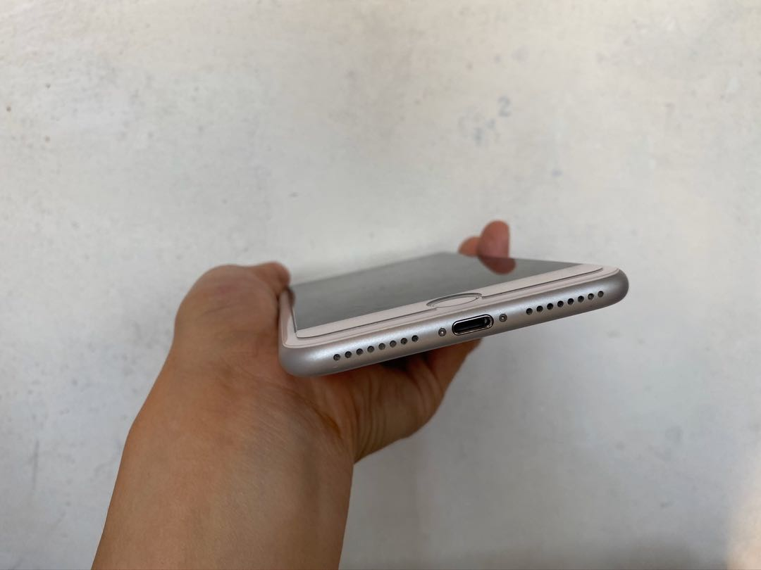 Iphone8 plus銀色64gb